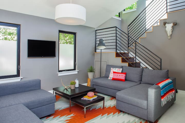 Modern Downtown Retreat with 2 Homes with 11 beds