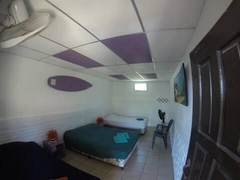 Private room (6'3)
