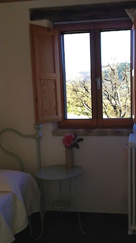 Camera intima per due - Fiastra - Bed & Breakfast