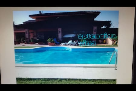 VILLAS COUNTRY BEACH CON PISCINA - Latina