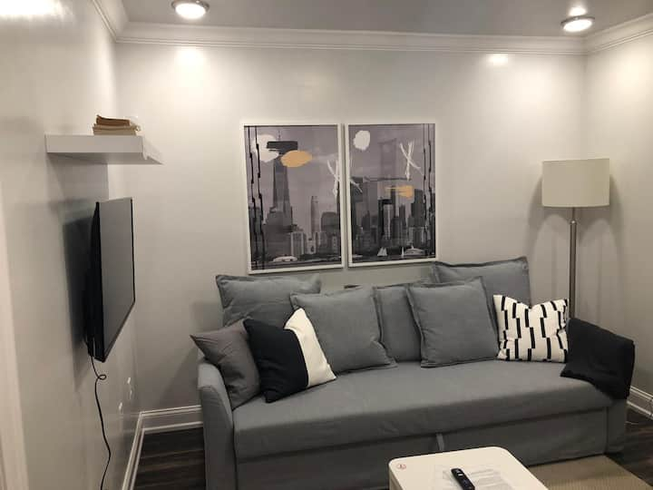 Restful 1bed Apt/20 min to NYC-Parking Avail (fee)