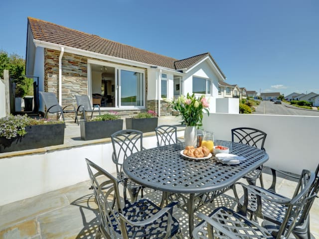 Holiday home Oysters with beautiful sea view