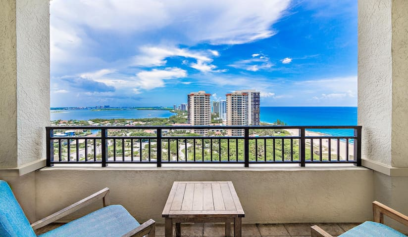 Enjoy Ocean Views at Fully Equipped Condo on the Beach