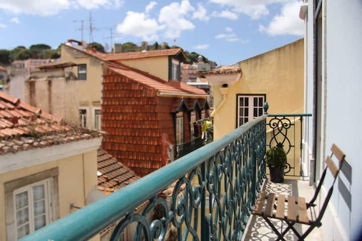 Mouraria Apartments #3D