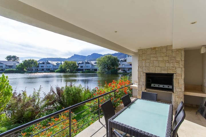 Valley Golf lodges CP4A  Pearl Valley Golf Estate