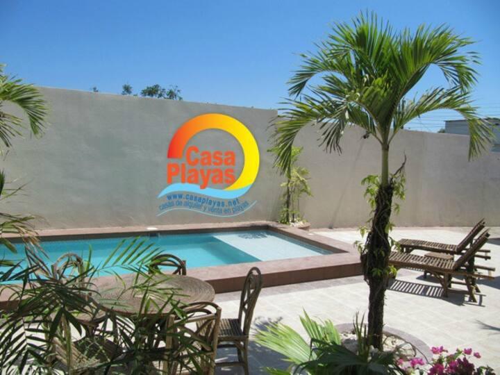 Casa Playas # 2 con piscina, capacidad 19 personas