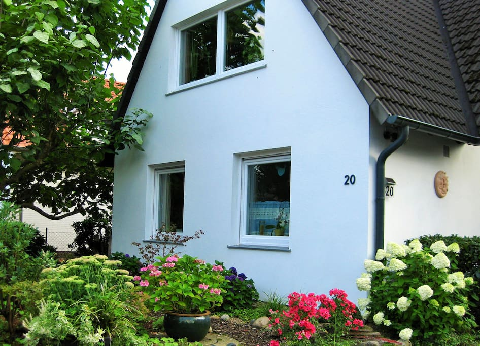 g stezimmer in rotenburg w mme houses for rent in rotenburg w mme niedersachsen germany. Black Bedroom Furniture Sets. Home Design Ideas