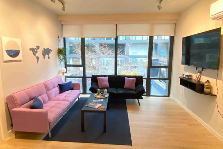 Modern 1BD 1BA Downtown Apartment - Pike's Market