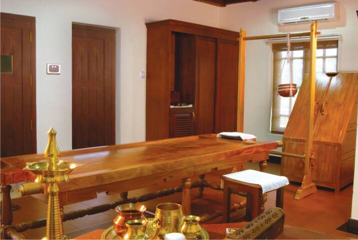 Ayurvedic Rejuvenation for 7days in Home-RiverView - Kainakary South - Rumah