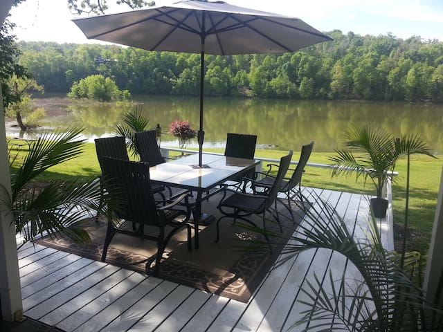 Lakehouse has view like No Other plus Easy Access! - Rogers - Ortak mülk