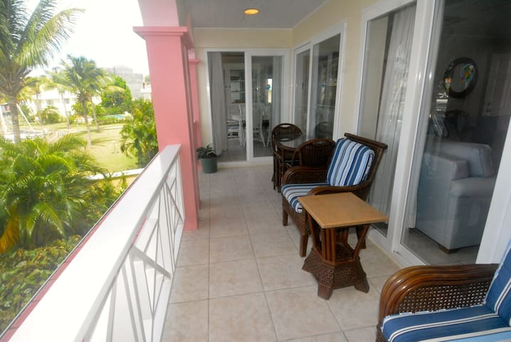 Water-front lounge balcony