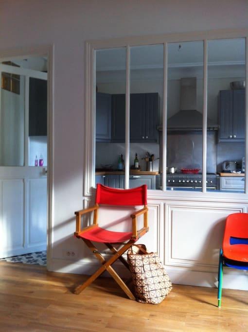 Verrière entre cuisine et salon