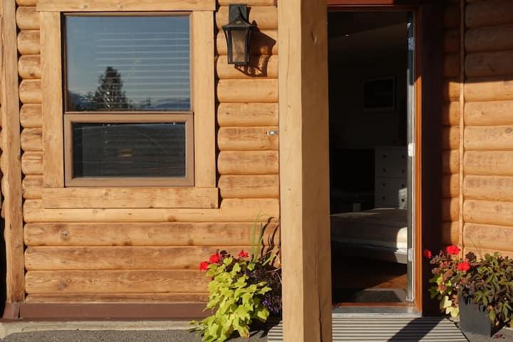 Cozy & Relaxing Studio in Canada's Wine Country!