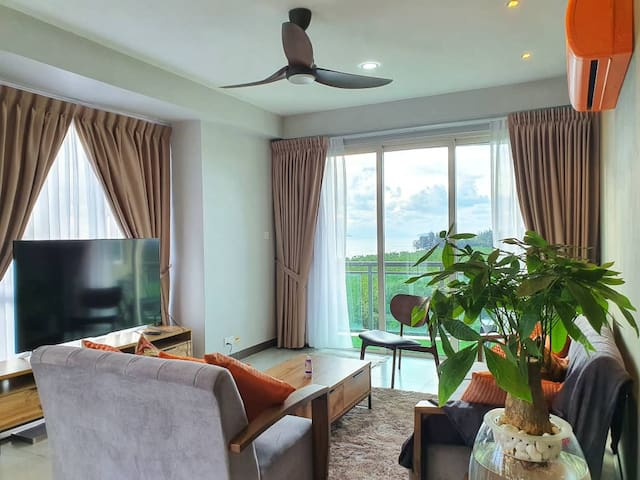 Santubong Suites 8 (Just Like Home) Damai Kuching