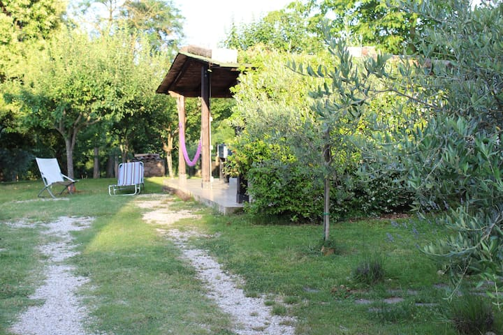 "RadiciHouse - Mini Appartamento ""Glicine"" - Torgiano - Bed & Breakfast"
