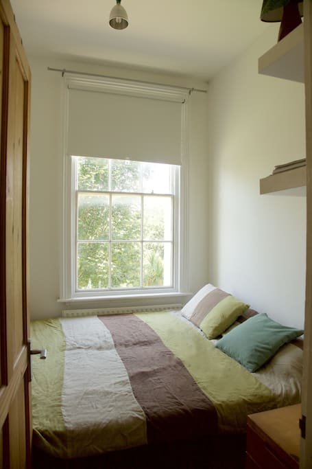 Bedroom with window to the crescent