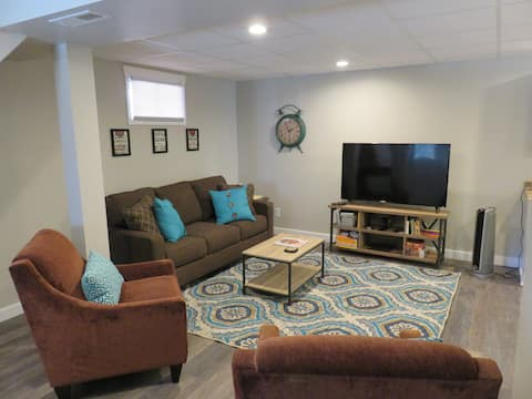 Newly Renovated Private Lower Lvl Suite in Oakley
