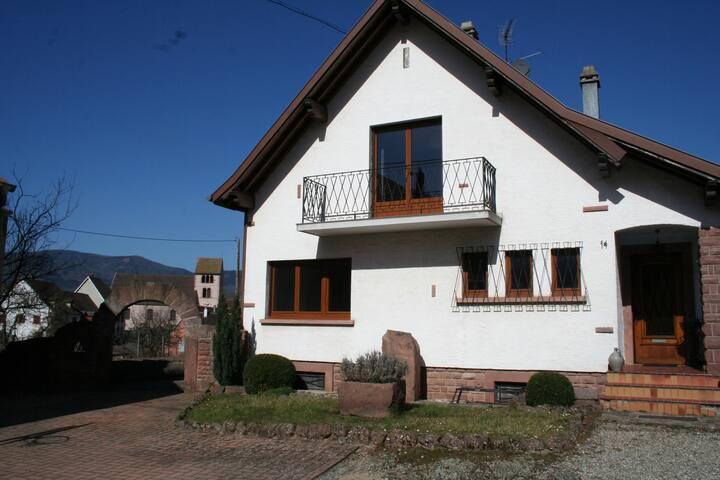 La maison de Tania - Neuve-Église - Talo