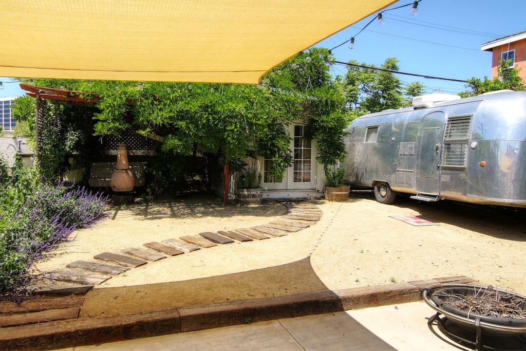 Vintage airstream trailer by lax campers rvs for rent in for Motor homes los angeles