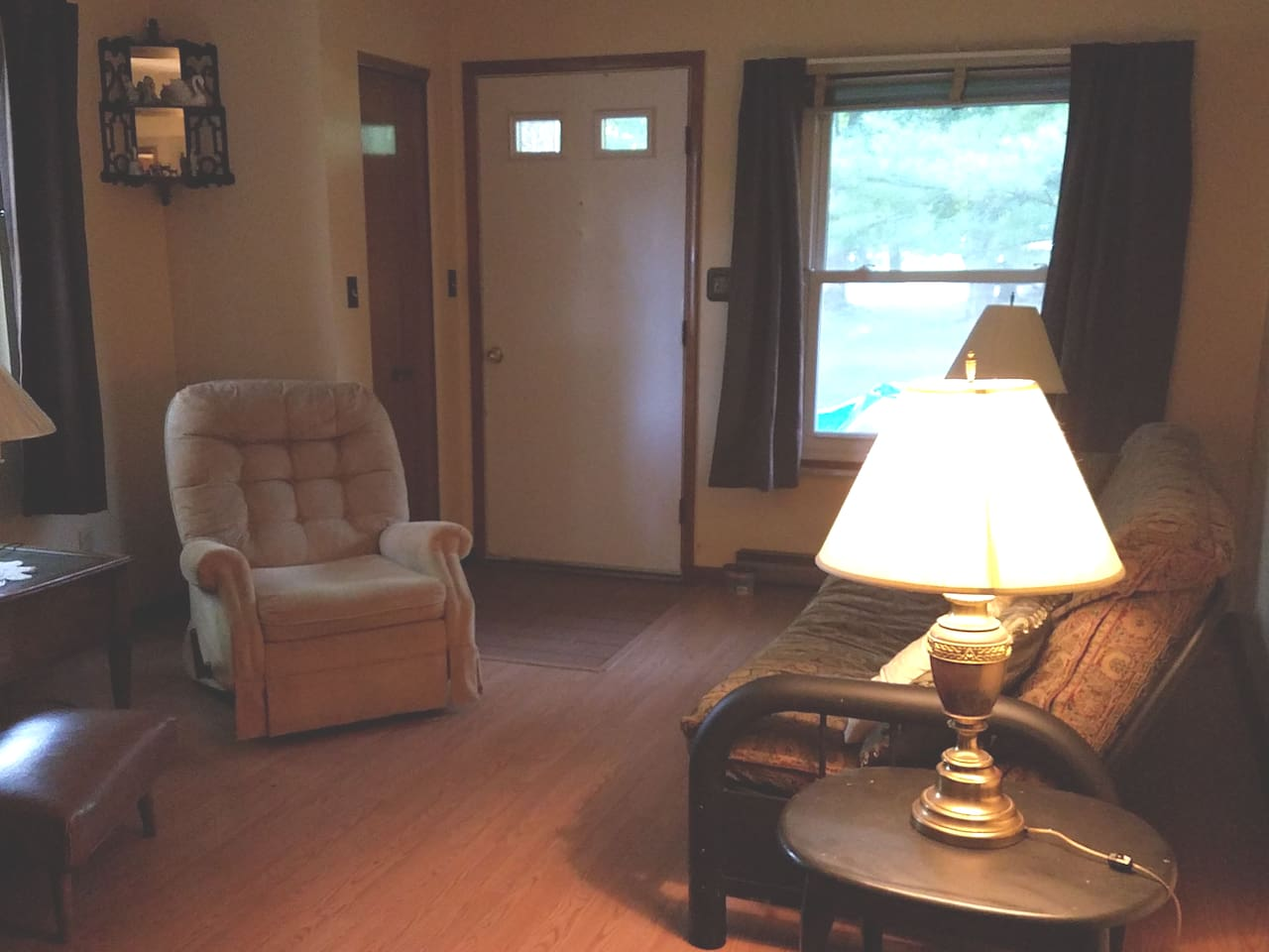 Futon sleeps 2. Separate entrance from main house.