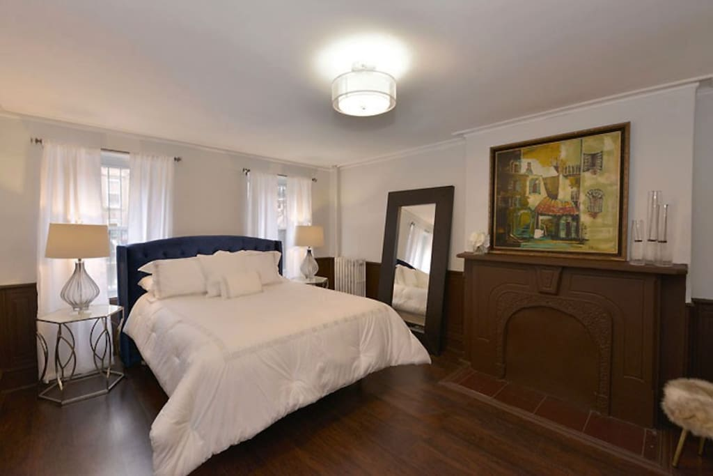 Romantic Master Suite with Queen Size Bed, French Doors & Fire Place