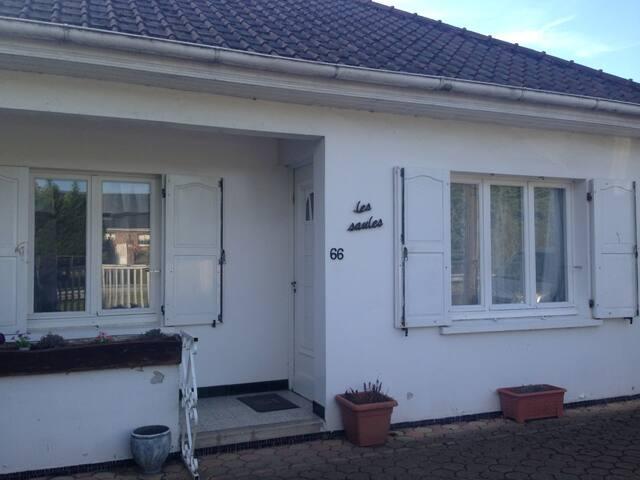 GRANDE MAISON PROCHE ARDRES, CALAIS ET DUNKERQUE - Les Attaques - Huis