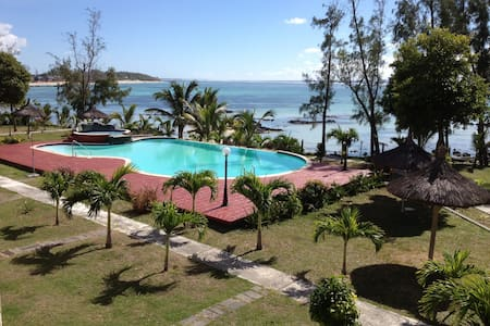 Beautiful seafront villa in Palmar - Quatre Cocos