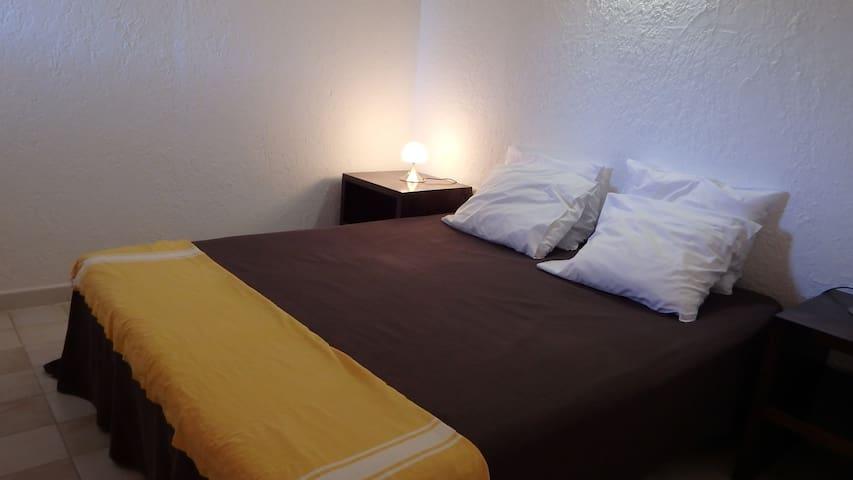 Chambre à coucher climatisée