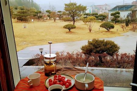 나비채 하우스 (침실 5개+잔디정원/수영장) # 오직 한팀만을 위한 독채 숙소