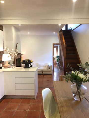 Beautiful room in Erskineville home