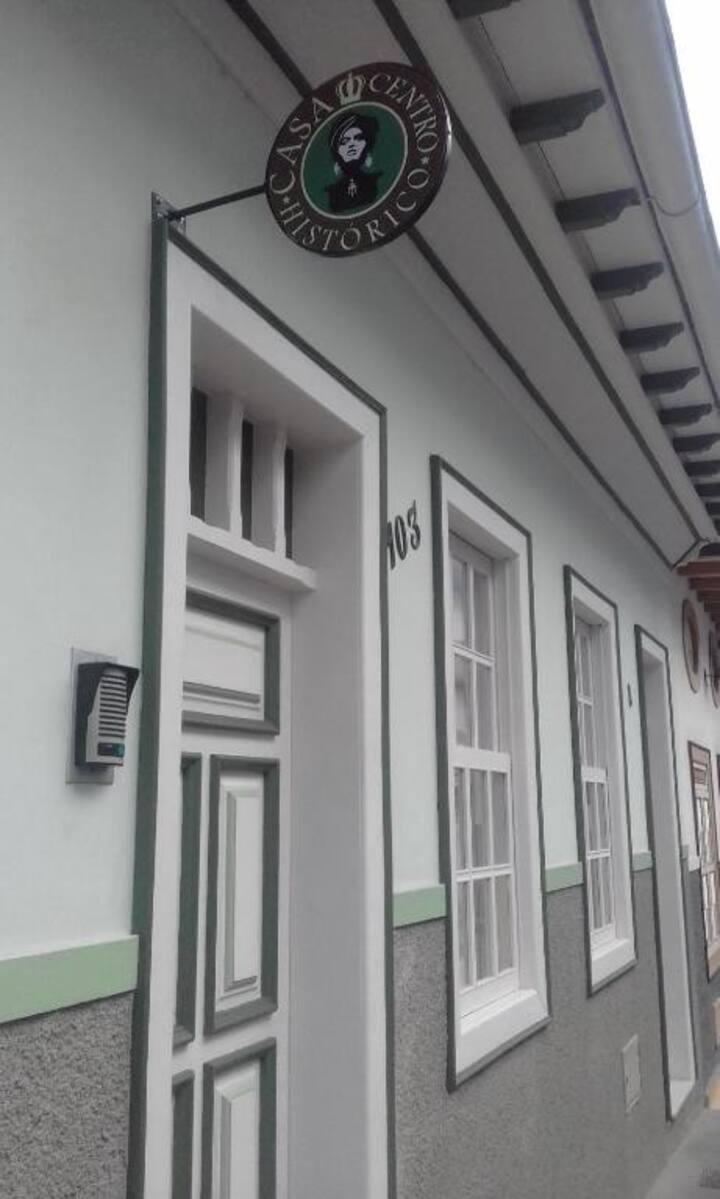 Casa Centro Histórico -  Espaço Inteiro