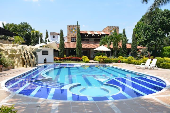 Finca Villa Tatiana Rozo (Cali)