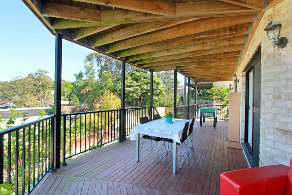 Huge balcony ideal for family BBQ and kids play