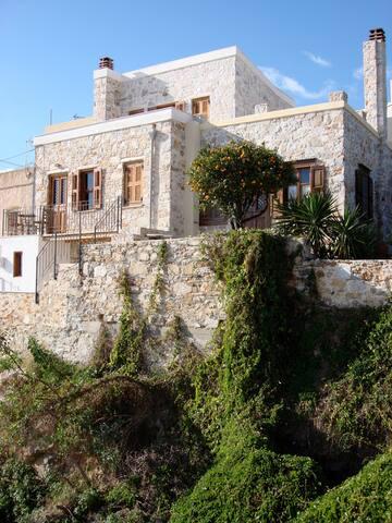 Stone House in Ermoupoli
