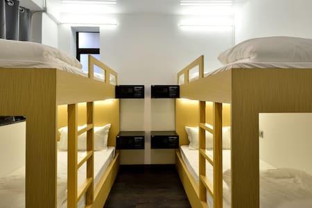 Bunk in Modern, Safe Hostel- Meet & Mingle, TST ★