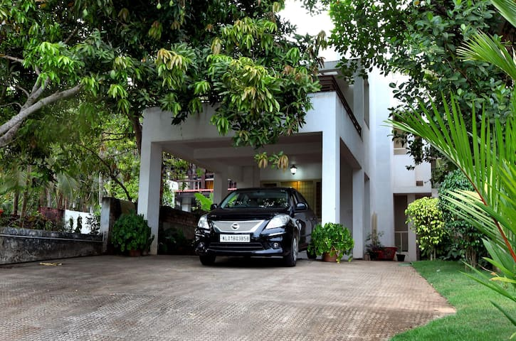 Little Paradise Homestay - Thiruvananthapuram - Bed & Breakfast
