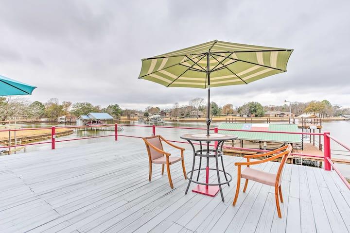 Trinidad Home on Cedar Creek Lake w/Private Dock!