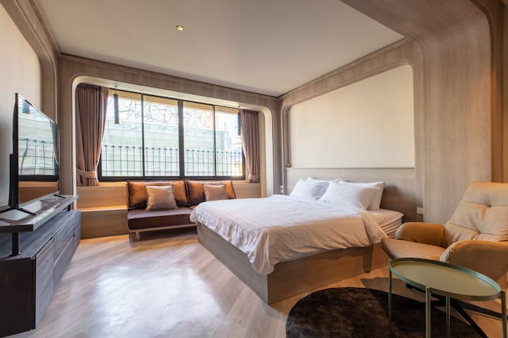 Private Room 100m. to Hua-Lamphong MRT station