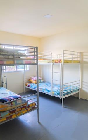 Bedroom 1, 4pax