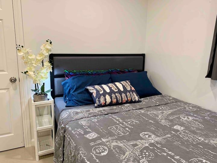 *Private Entrance*Private Bath*New&Clean&Cozy Room