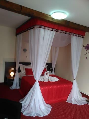 Cameră Queen dublă cu balcon - Bran