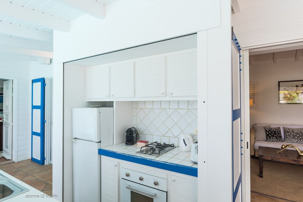Simple yet fully facilitated kitchen