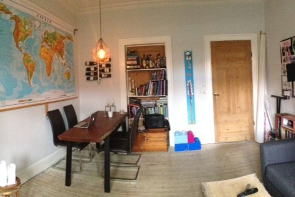 Livingroom with eating spot