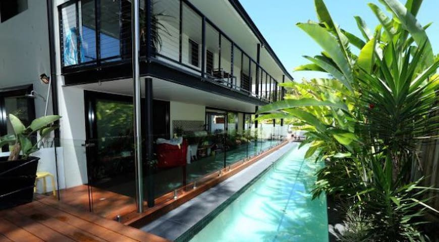 Beautiful Currumbin Beach Home