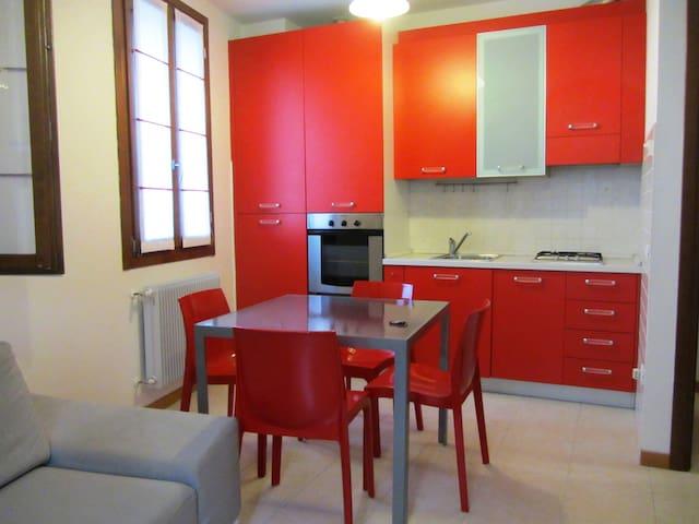 Splendido Bilocale Ristrutturato in Centro - Vittorio Veneto - Appartement