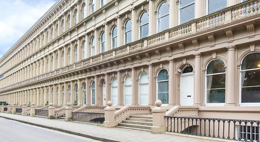 The Grosvenor Luxury Apartments