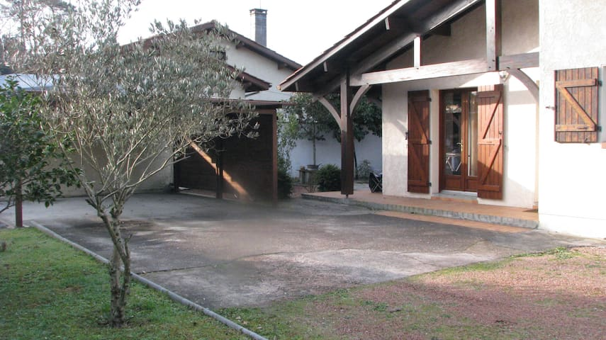 villa coin tranquille - Labenne - House
