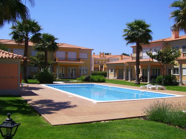 Luxury 2 Bed Apt-Praia Del Rey Golf & Beach Resort - Amoreira - Apartment