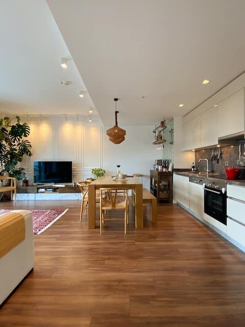 A Modern and Comfy Apartment in Topkapi