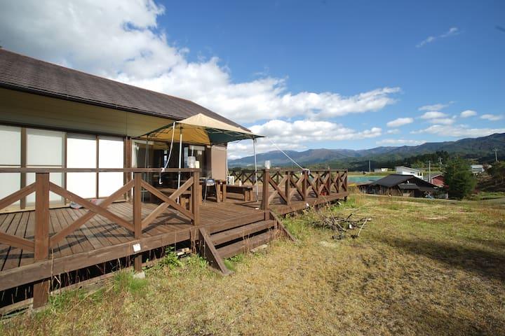 コテージ岩村【Cottage IWAMURA】コテージ1棟貸し切り! 鍋、忘年会、BBQ、カラオケ!